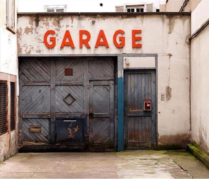 Cleaning Tips to Organizing your Garage this Season!